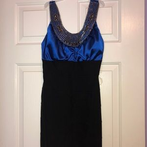Short style dress
